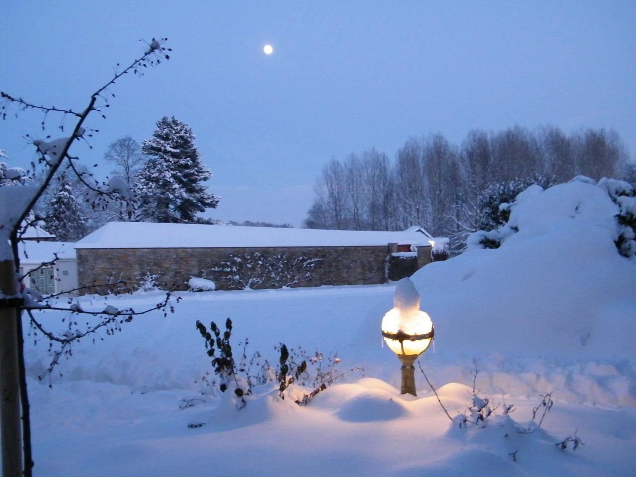 Dec snow 10 059_sw